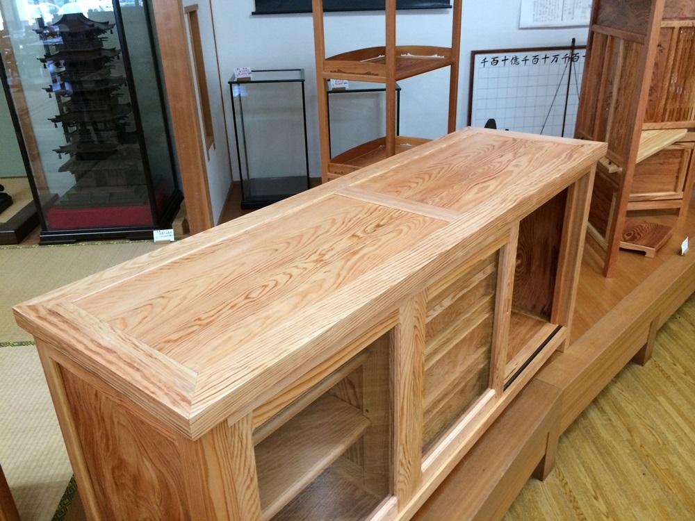 松のサイドボード