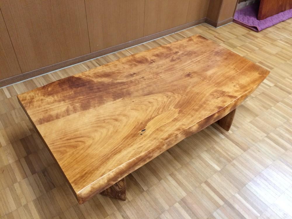 イチョウ自然テーブル