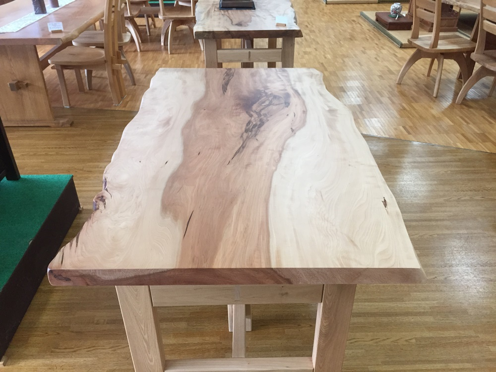栃テーブル